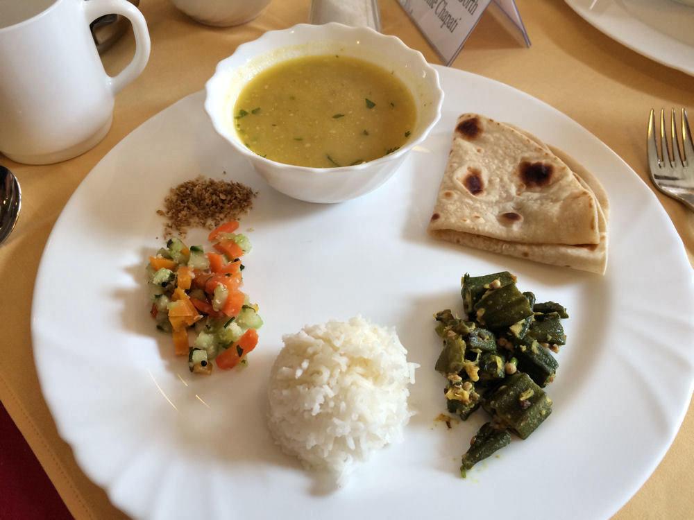 Ayurveda kuche mittagstisch santulan aum kurzentrum for Ayurveda küche